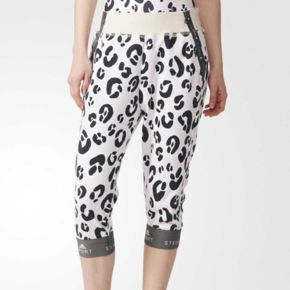 Adidas   StellaSport Pink Leopard Cropped Pant
